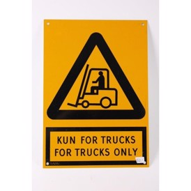 "Skilt, alu, ""Kun for trucks"", 300x210"