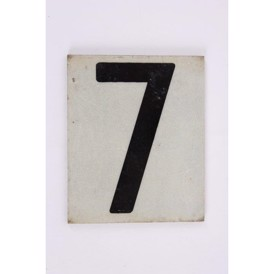 "Skilt, metal m text ""7"", 65x52 mm, s.h."