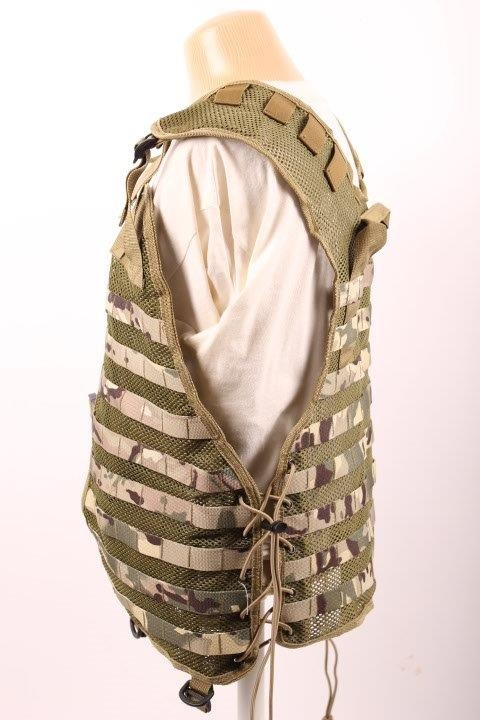 Tactical vest med MOLLE-stropper